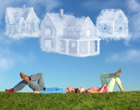 Elköltözés a szülőktől – így gondolkoznak a legtöbben